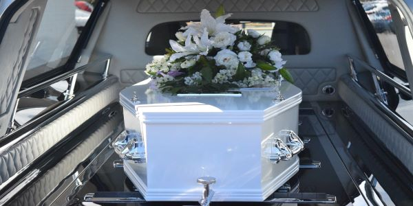 How to Choose a Coffin or Casket